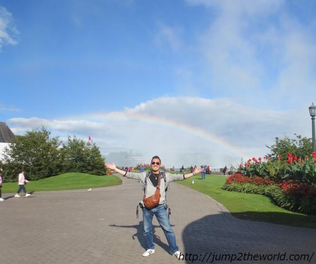 brilliant rainbowとくそったりのいる風景 ナイアガラフォールズ