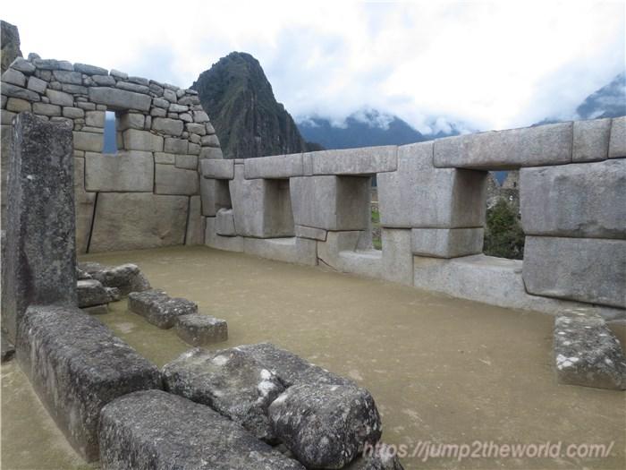 マチュピチュ 3つの窓の神殿