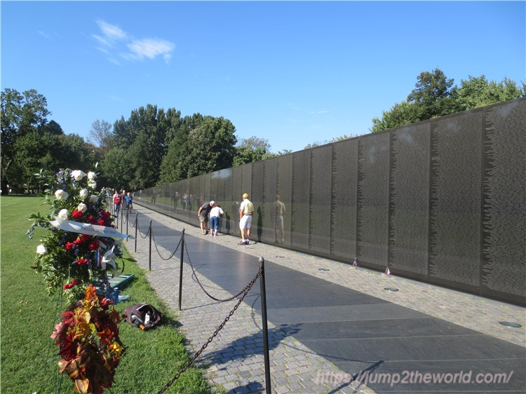 ベトナム戦争戦没者慰霊碑1