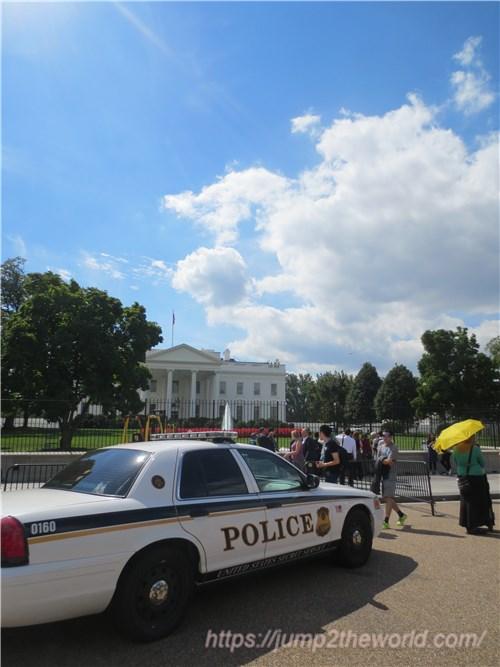 ホワイトハウス裏1